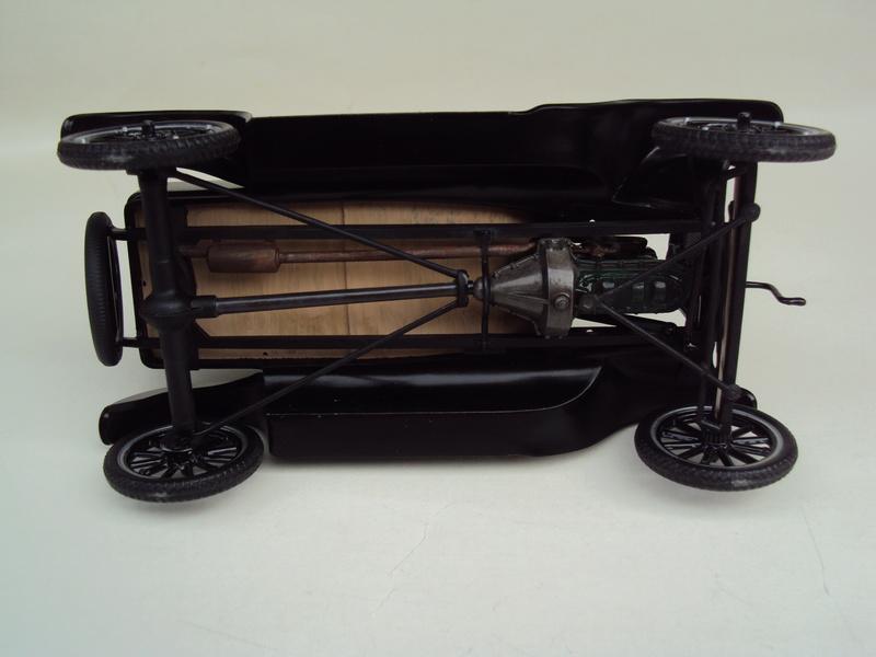 1925 Ford Model T coupé Dsc02929