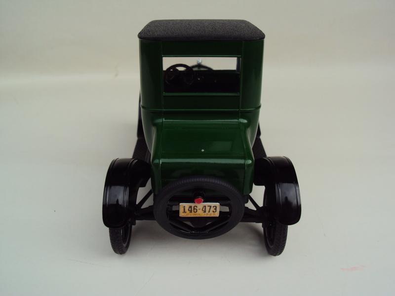 1925 Ford Model T coupé Dsc02931