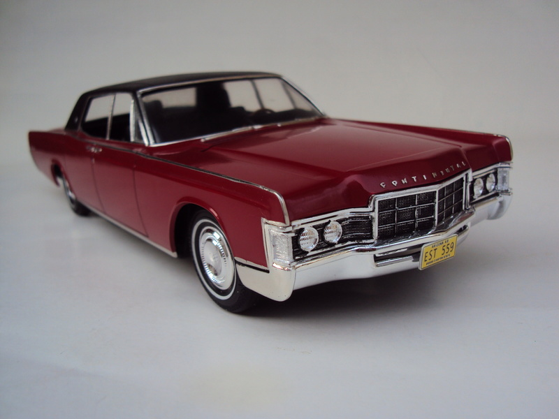 Lincoln Continental 1969 restaurée Dsc03023