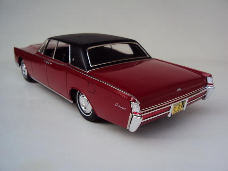 Lincoln Continental 1969 restaurée Dsc03026