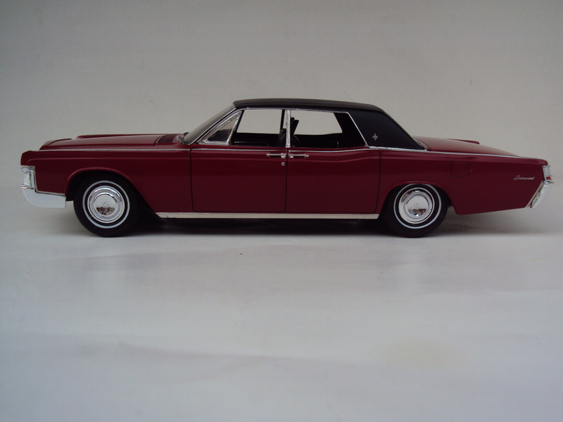 Lincoln Continental 1969 restaurée Dsc03027