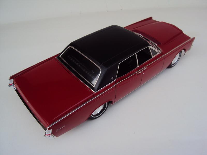Lincoln Continental 1969 restaurée Dsc03033