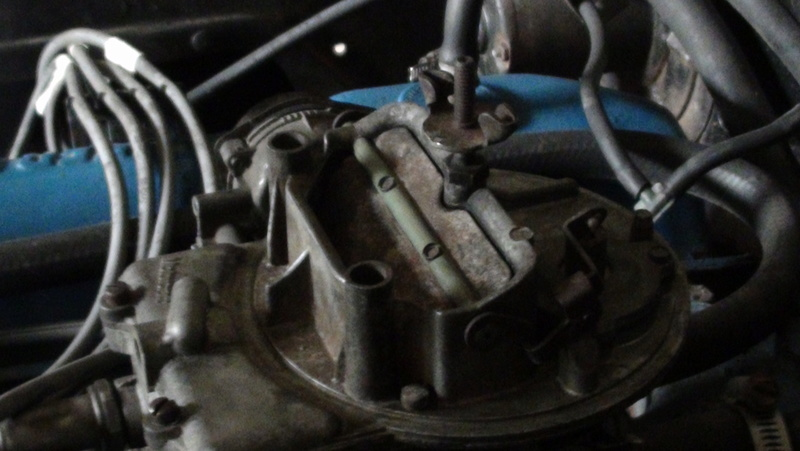 je connais une Ford break 1971 Windsor 351  Dsc02418