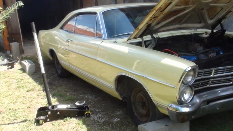 je connais une Ford break 1971 Windsor 351  Dsc02510