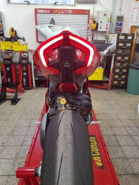 Ducati V4 Panigale - Page 2 Paniga10