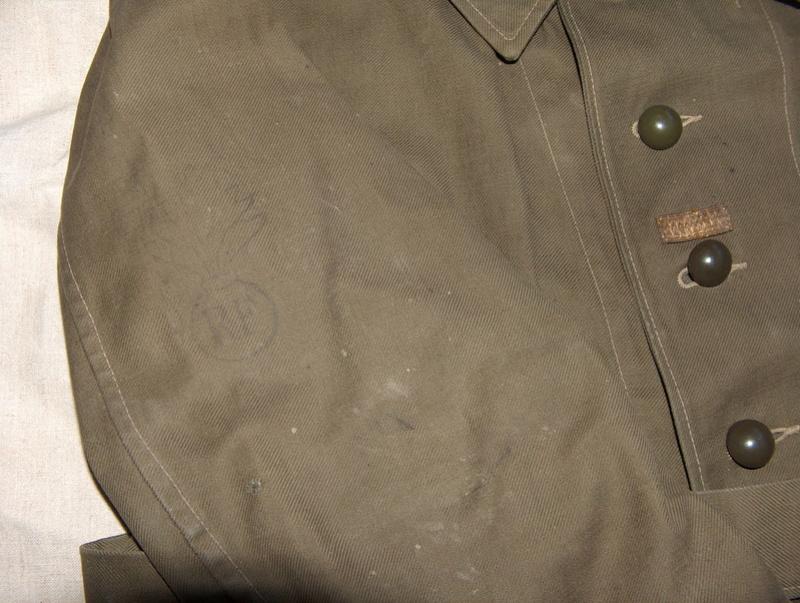 Bourgeron ou tenue de corvée. Hpim5918