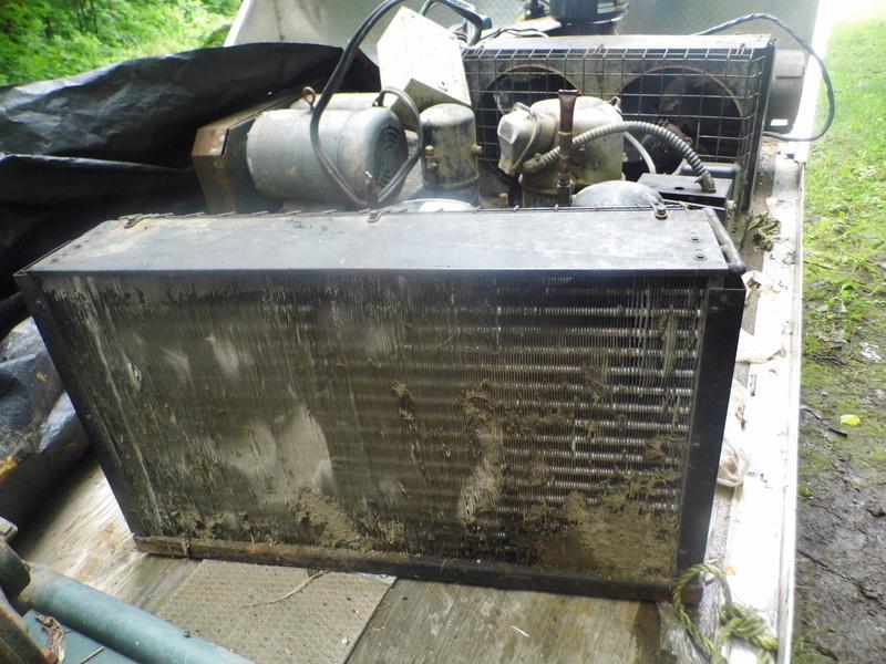 2 unitées de refroidissement Dsci0110