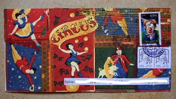 Le MINI JOURNAL de l'ete - Page 11 Cirque19