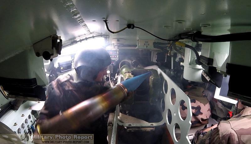 Reportage photo:Exercice de tirs AMX-10 RCR et VBL (12.7 et 7.62) 36979410