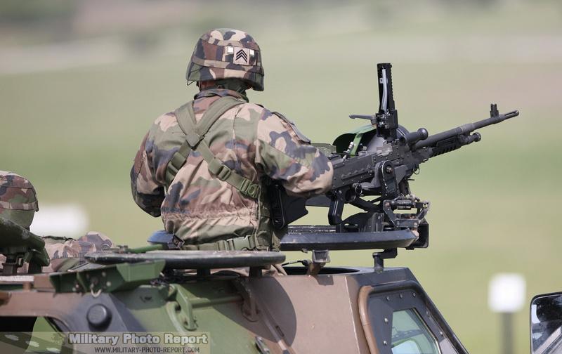 Reportage photo:Exercice de tirs AMX-10 RCR et VBL (12.7 et 7.62) 36979411