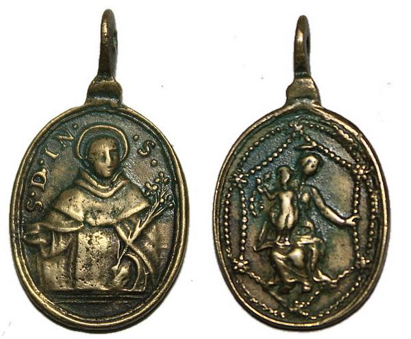 Médaille XVIIème - N-D-du-Rosaire et avers saint Dominique de Soriano Domini10
