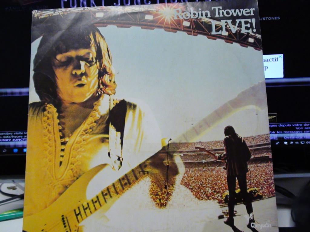 ROBIN TROWER LIVE Dsc00523