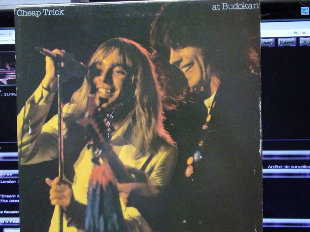 CHEAP TRICK AT BUDOKAN THE COMPLETE CONCERT Dsc00670