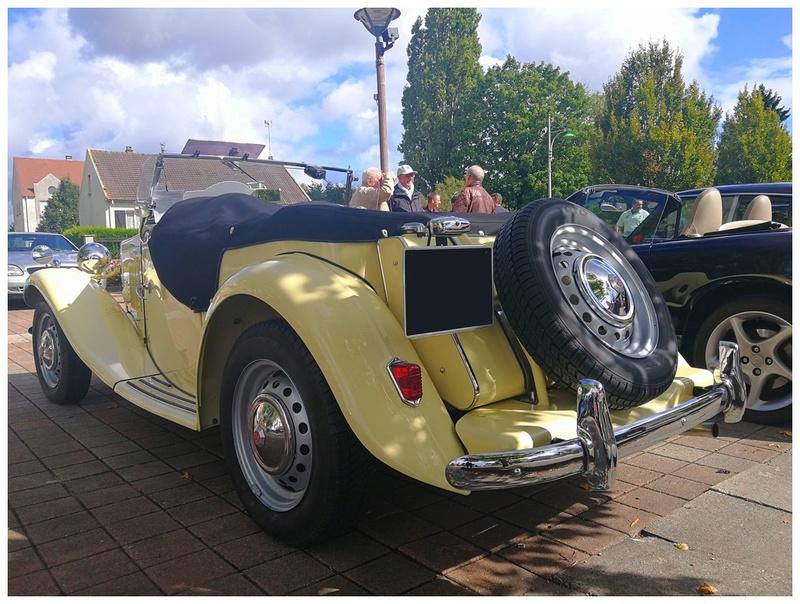 Photos Exposition de voitures anciennes de toutes marques ( Le 09/09/2017 ) Photo_16