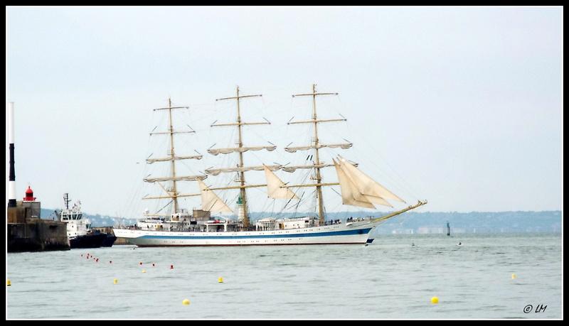 [ Marine à voile ]  Les grandes   voiles  au Havre Dscf2510