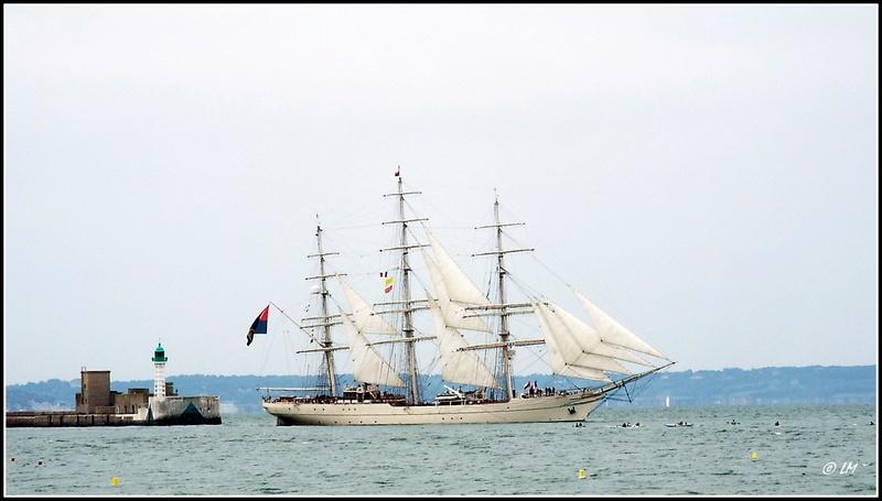 [ Marine à voile ]  Les grandes   voiles  au Havre Dscf2515