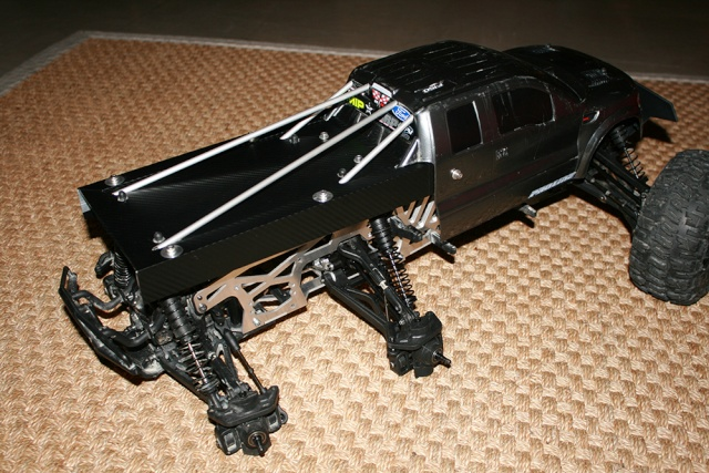 "HPI Savage 6 roues chassis ""Patoch Racing"" Img_3311"