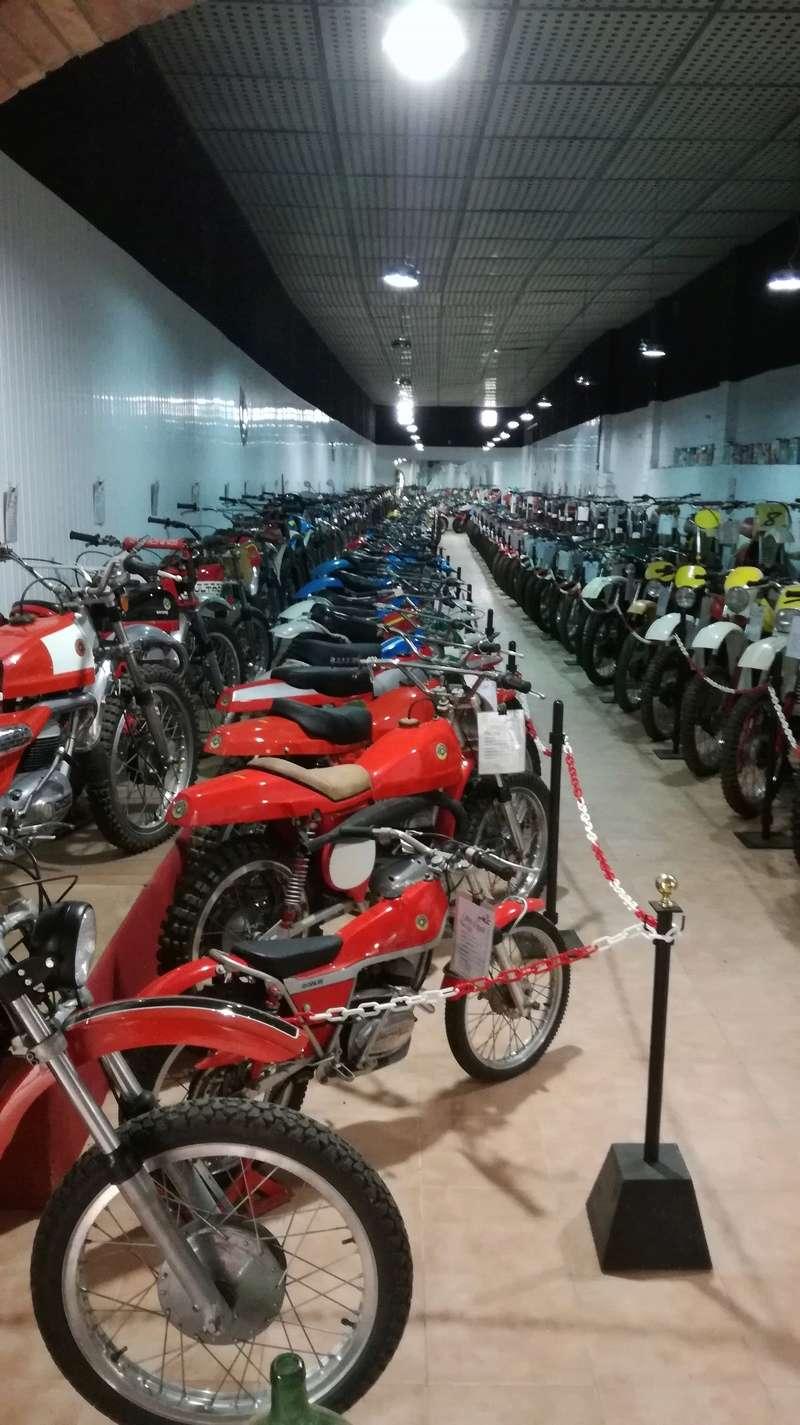 Musée auto moto Marc Vidal en Espagne Img_2010