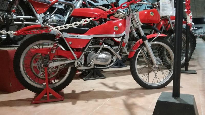 Musée auto moto Marc Vidal en Espagne Img_2011