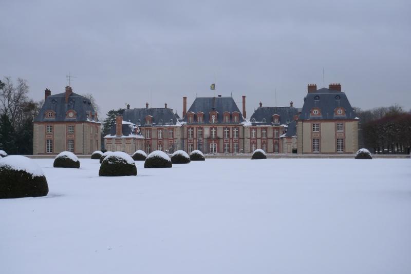 Visite du Comte chez le Baron de Breteuil - Page 3 P1030017