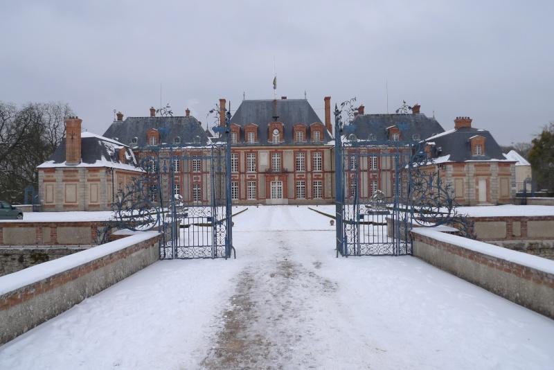 Visite du Comte chez le Baron de Breteuil - Page 4 P1030111