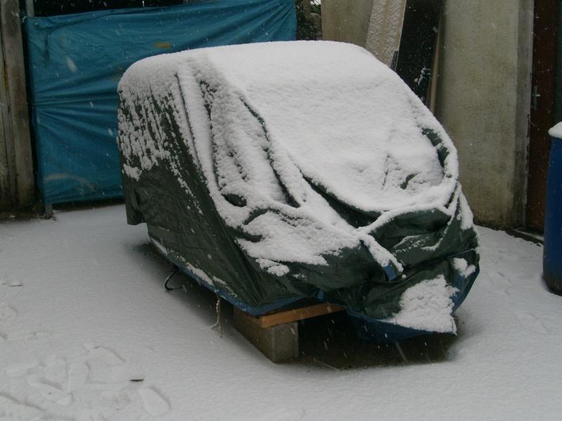 Utilitaire Citroën sous la neige S7304015