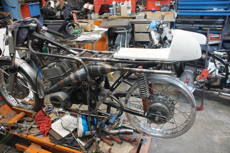 125 Suzuki RT 67 Sheene Réplica Bretag12