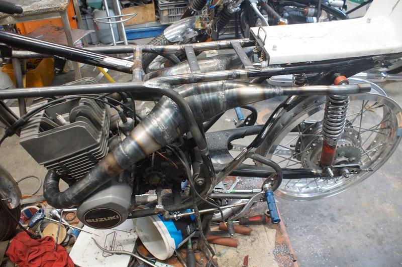 125 Suzuki RT 67 Sheene Réplica Bretag13