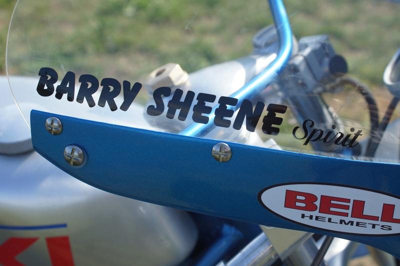 125 Suzuki RT 67 Sheene Réplica - Page 2 Suz_bs32