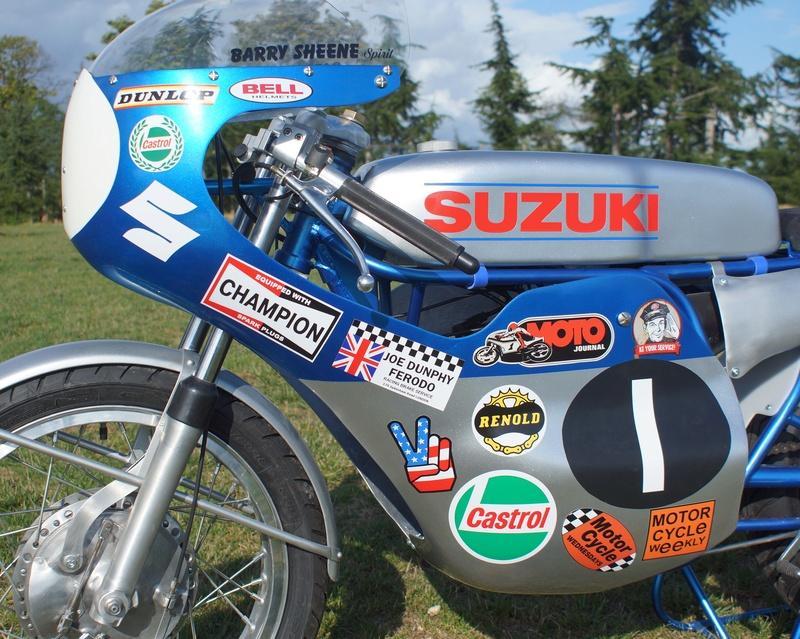 125 Suzuki RT 67 Sheene Réplica - Page 2 Suz_bs33