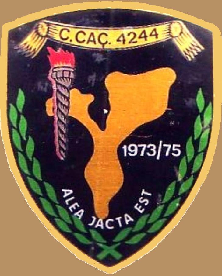 Faleceu o veterano António Augusto de Faria M Cardoso, Alferes Mil.º da CCac4244/72 - 02Set2017 Cracha12