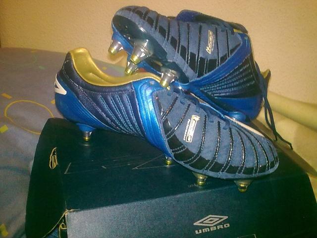 Vendo botas de fútbol UMBRO SX VALOUR (sg) Z_62410