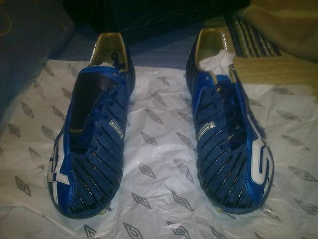 Vendo botas de fútbol UMBRO SX VALOUR (sg) Z_62710