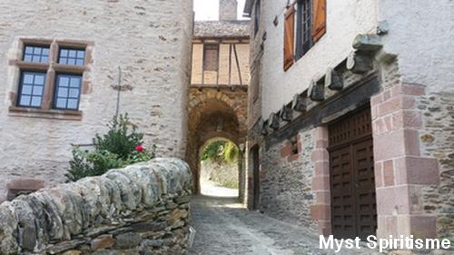 Conques [Aveyron] Porte_10