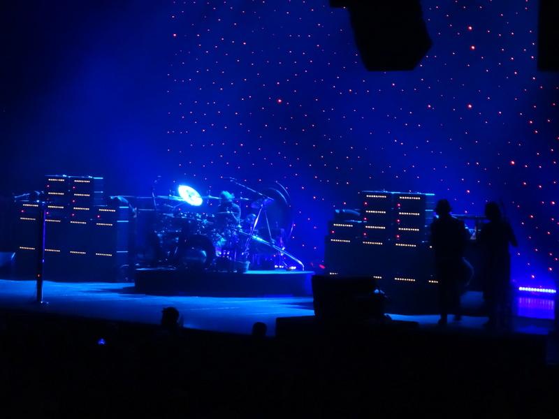 Reviews concerts autres groupes - Page 13 Dsc06642