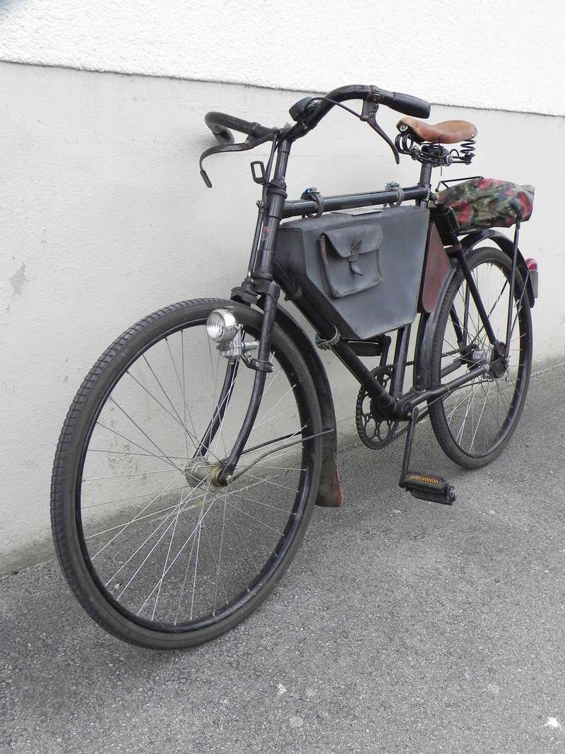 Les vélos militaires suisses Dscn7010