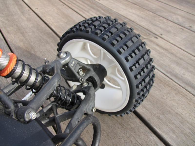 Axes de roues AV & AR HOME MADE pour roues FG Img_0216