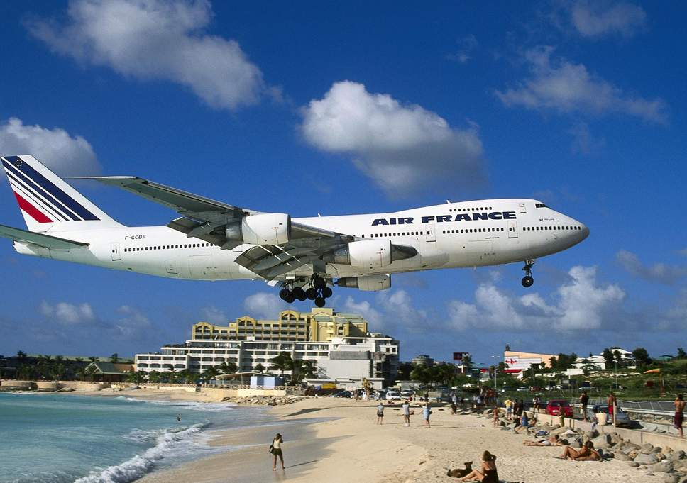 Para quem gosta de aviões - Página 7 St-mar10