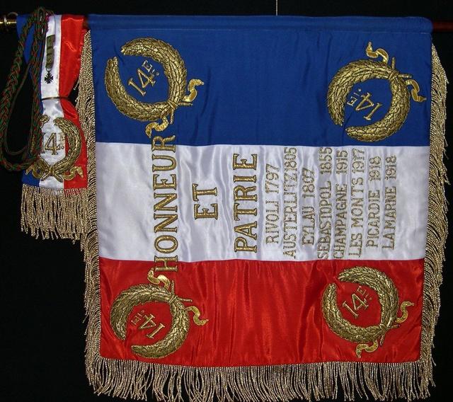 Naissance annoncée d'un nouveau régiment parachutiste, le 14ème RPCS 19956810