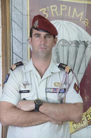 UN SOUS OFFICIER DU 3ème RPIMA tué au camp de CAYLUS... 20525611