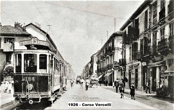 Torino in bianco e nero....... - Pagina 21 Torino19