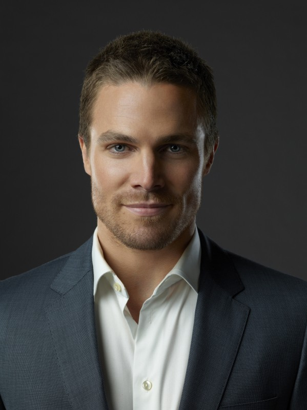 Stephen Amell : Oliver Queen / Green Arrow Arrow511