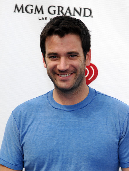 Colin Donnell : Tommy Merlyn Colind10