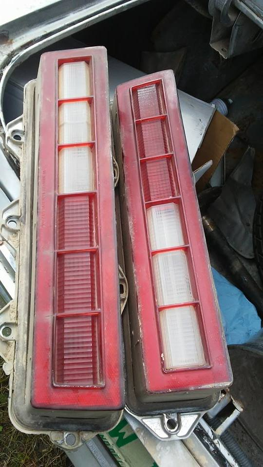 1977 Chevelle Tail light's $50 plus ship Rock Bottom price  Se_tai11