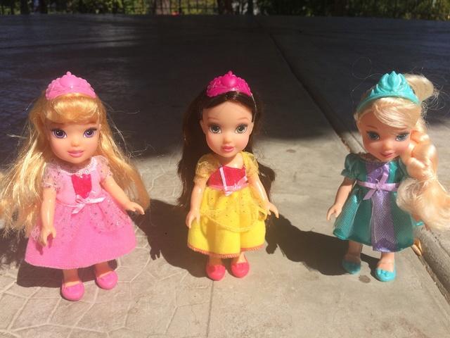 Ma collection des poupées des films de DISNEY - Page 7 Img_6614