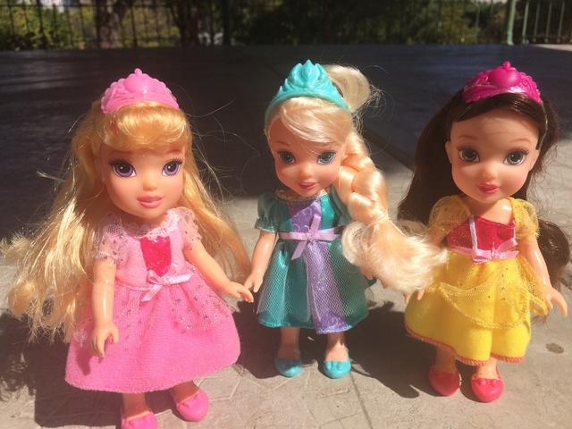 Ma collection des poupées des films de DISNEY - Page 7 Img_6711
