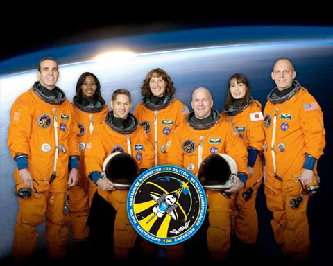 [STS-131] Discovery : préparatifs Sts13110