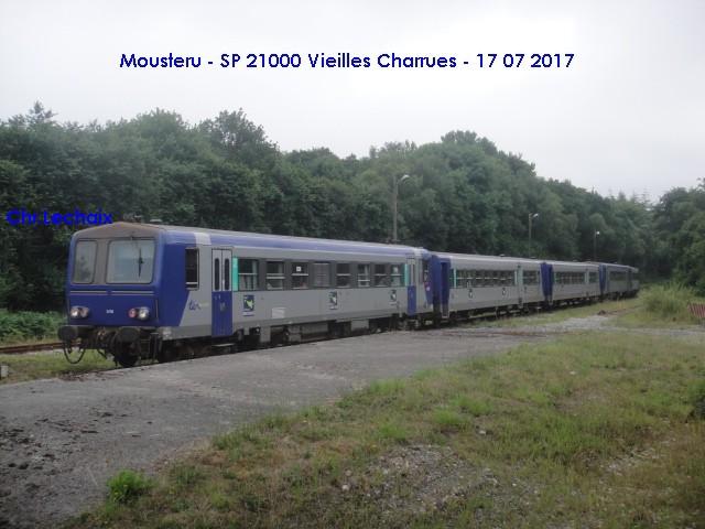 TER spécial Vieilles Charrues 2017 en X2100 Mouste11