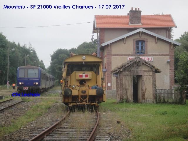 TER spécial Vieilles Charrues 2017 en X2100 Mouste13