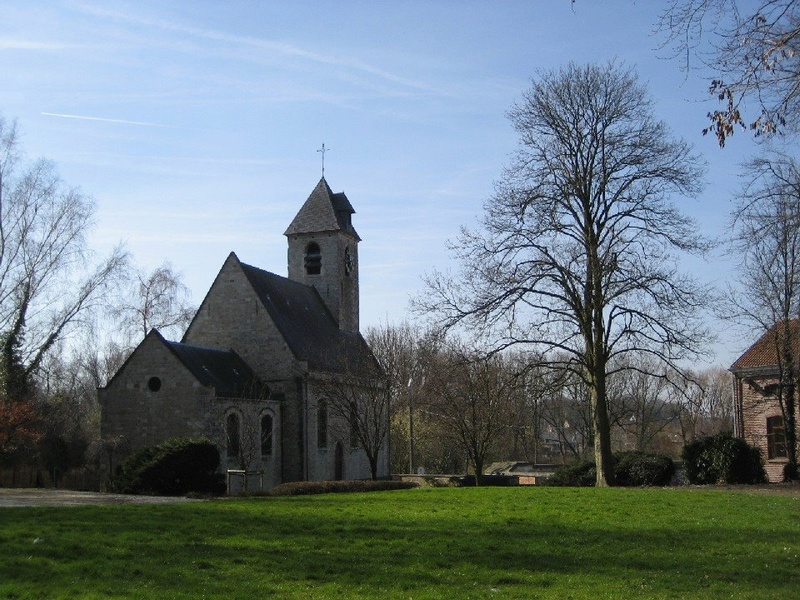 une petite commune bruxelloise Yglise10